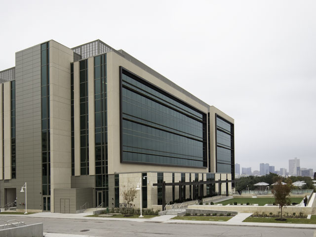 Interdisciplinary Research and Education Building